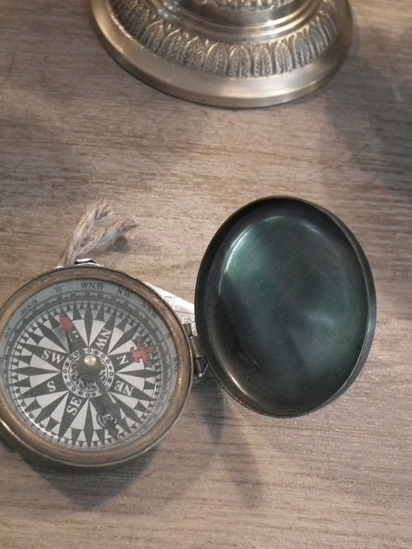 Klein kompas gebronsd