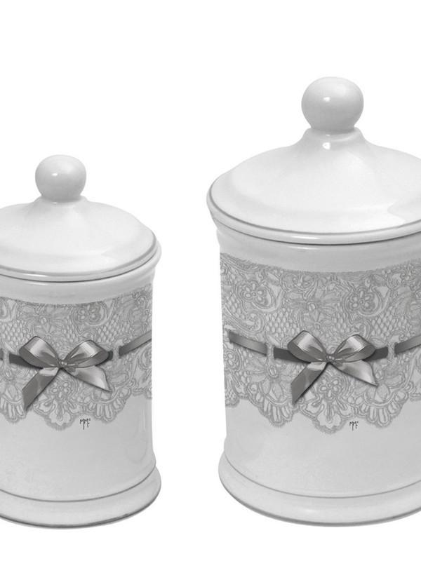 Set van potten met deksel met kant en strik