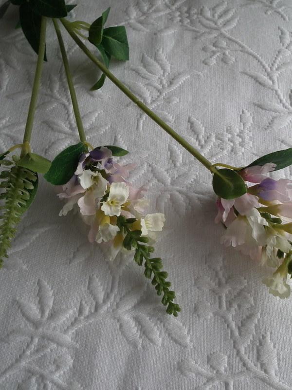Leeuwebek wit/ roos/paars 63 cm