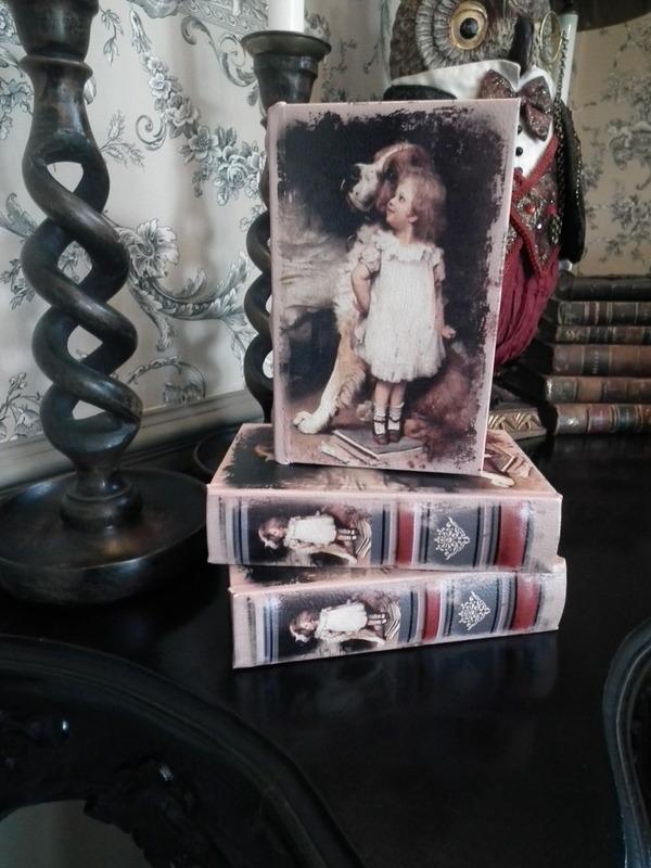 Boekendoos Kind met hond 15 cm