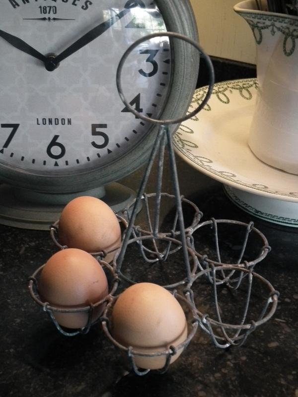ijzeren eierenhouder