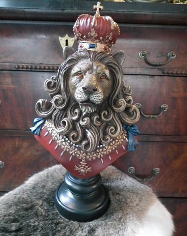 The Lion King op voet