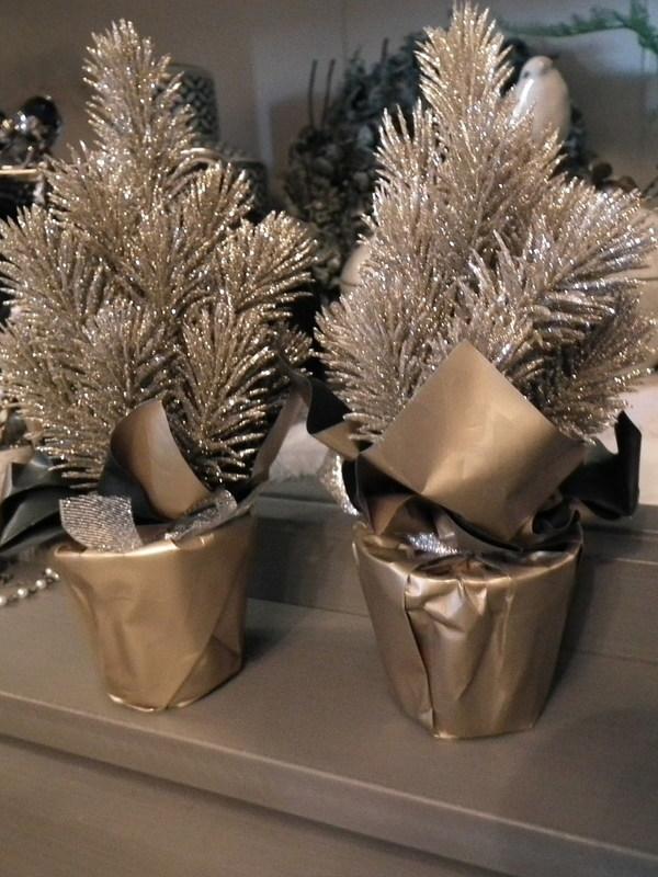 Kerstboompje goud H 21 cm