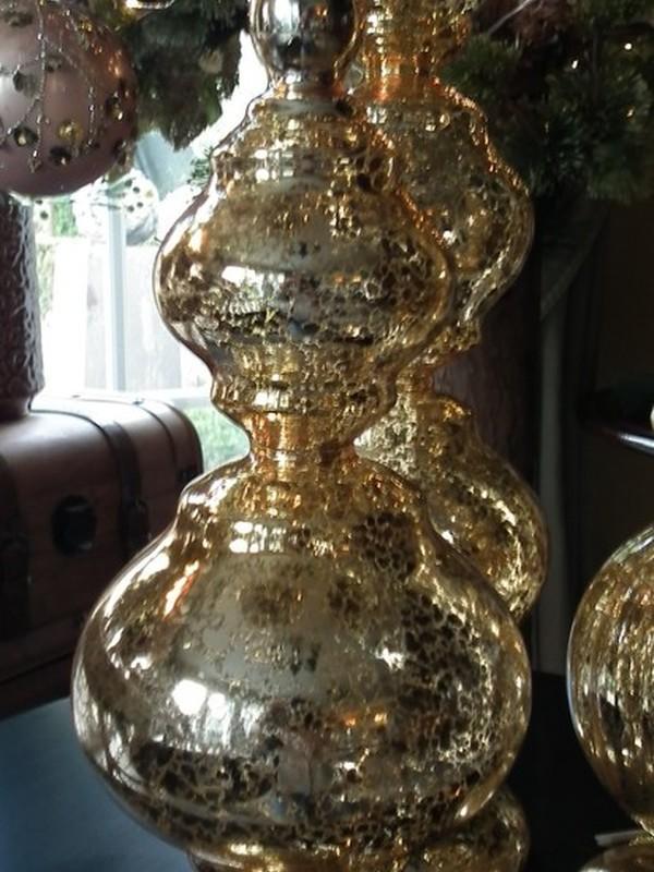 Kerstpiek op voet H 39 cm