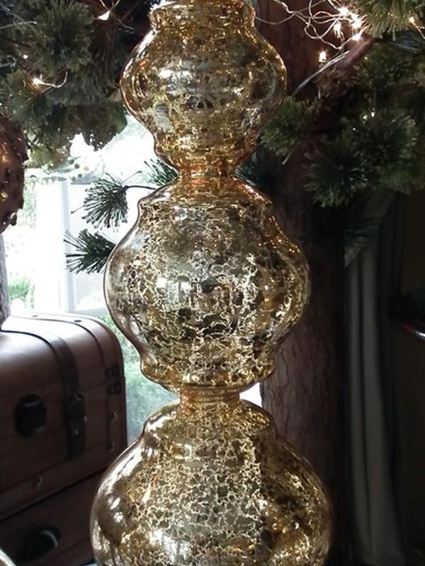Kerstpiek op voet H 48 cm