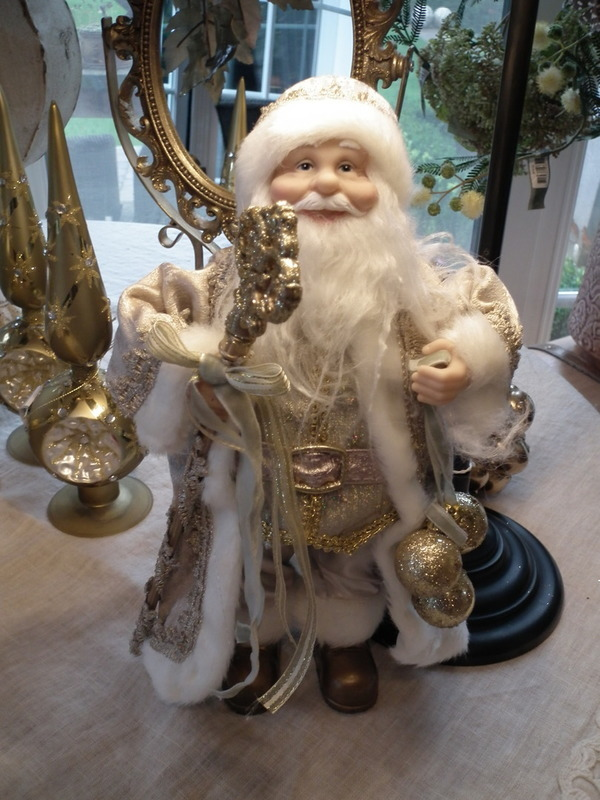 Lieve kerstman met staf H 32 cm