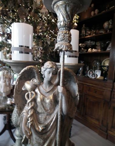 Engel met kaarsenhouder H 63 cm