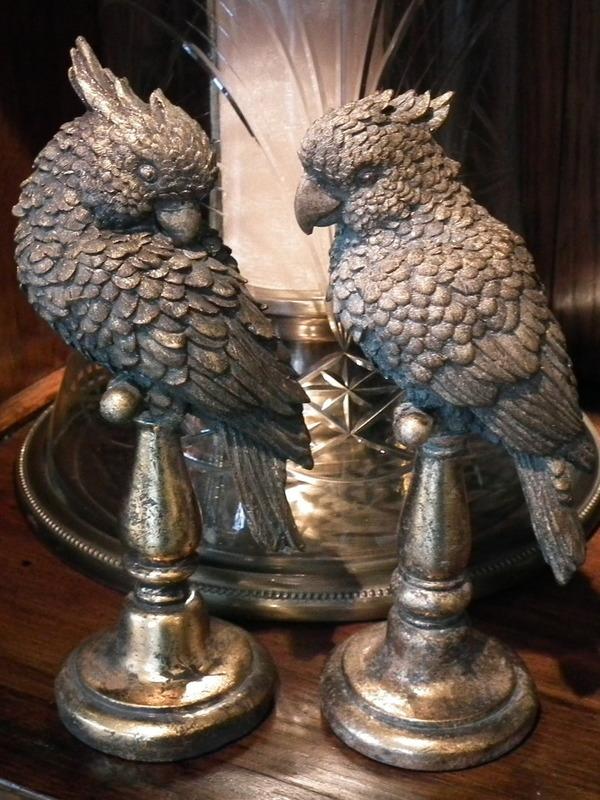 Set 2 vogels zittend op staander goud