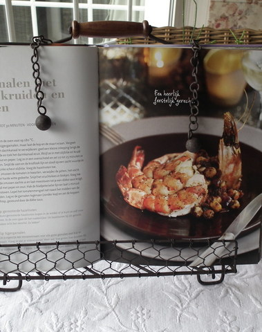 Landelijke kookboekhouder bruin