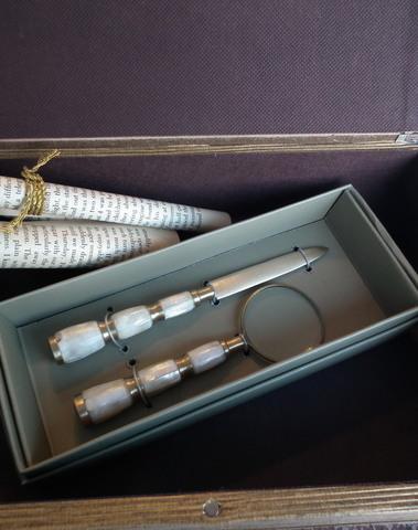Set brievenopener & vergrootglas (ivoor & goud)