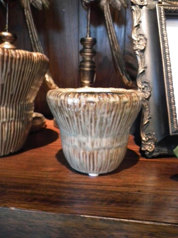 Landelijke bloempot bruin geribbeld H 8 cm