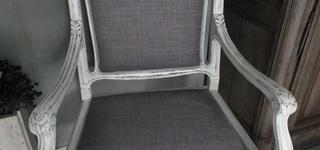 De binnentuin - stoelen her stofferen en schilderen